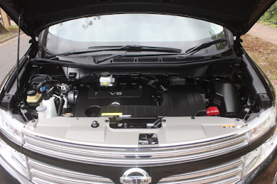 Foto Mesin Nissan Elgrand E52 3.5 Liter