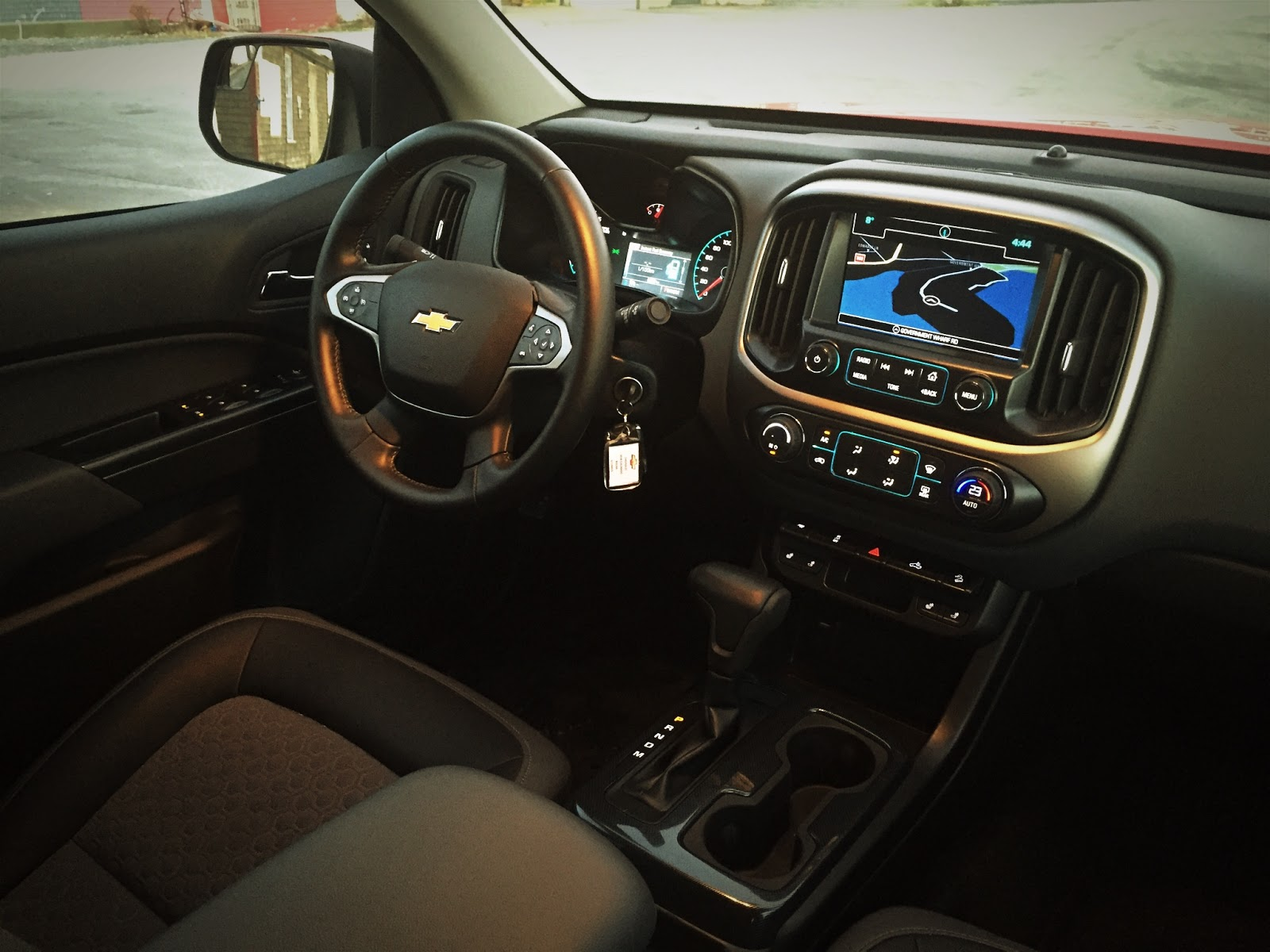 Pickup Trucks Earlier This Month The 2017 Ram 1500 Outdoorsman Ecosel And Ford F 150 Platinum Colorado S Interior Felt Cramped