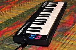 USB/MIDi Keyboard Controller mit 32 Tasten.....