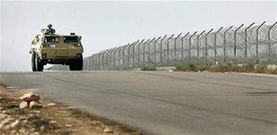 الجيش الليبي يغلق الحدود المصرية لهذا السبب
