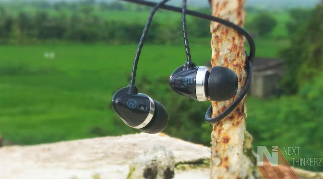 Brainwavz M1 Review: Slippery Design, Good output.