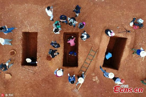 Large number of ancient tombs discovered in central China