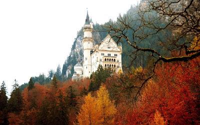 Castillo de Neuschwanstein, en otoño
