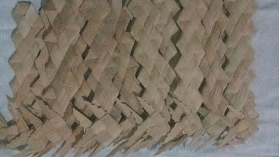 Cananéia Artes e Fibras confecciona 300 marcadores de livro de fibra de Taboa
