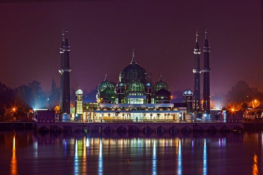 Masjid Kristal Malaysia Bosan Banget Gan