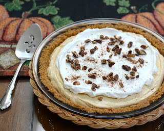No-Bake Pumpkin Cream Pie ♥ AVeggieVenture.com