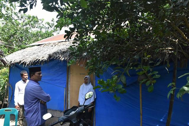 Kunjungi Rumah Warga Tak Layak Huni di Peusangan Siblah Krueng