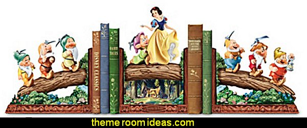 Disney's Snow White And The Seven Dwarfs Bookends Collection