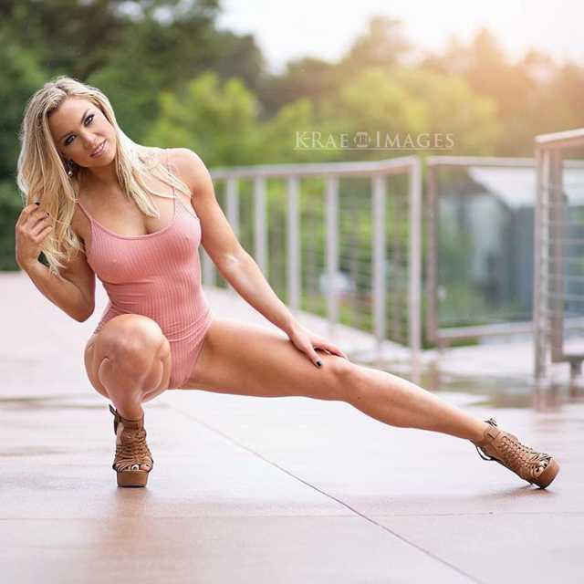 Fitness Model Lauren Drain Kagan photos