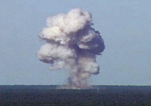 """La """"madre de las bombas"""" causa la muerte a 36 miembros de Daesh"""