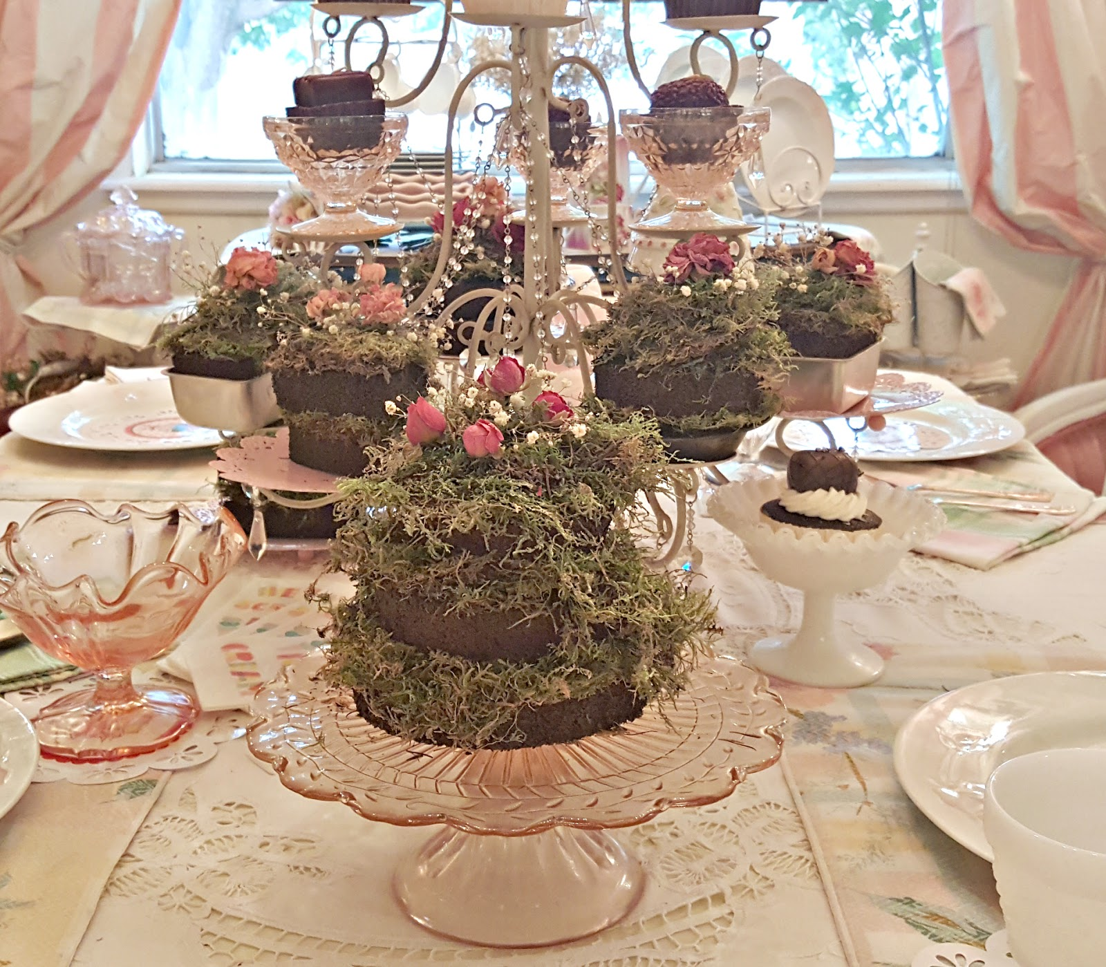 Penny's Vintage Home: Indoor Ice Cream Party
