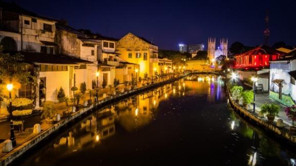 Melaka River Cruise waktu malam dan venice