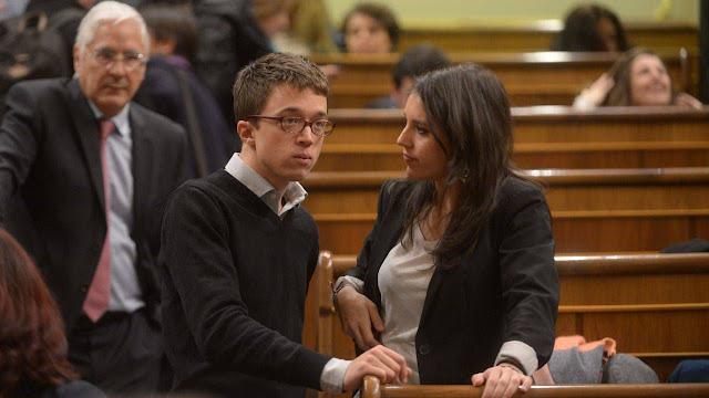 Podemos sale del Congreso de los Diputados para no participar en el minuto de silencio por la muerte de Rita Barberá