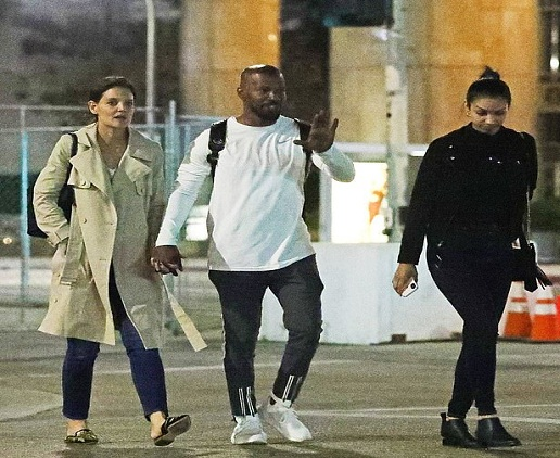 Jamie Foxx and Katie Holmes spotted while holding hands during first outing with his daughter Corinne