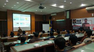 Seminar edukasi di stimik asia malang