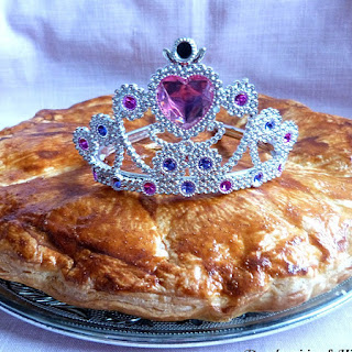 https://danslacuisinedhilary.blogspot.com/2016/01/galette-des-princesses-chocolat-pralin.html