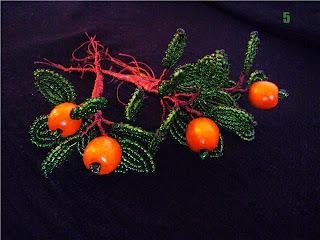 фото ветка с апельсинами