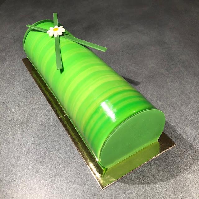 recette gâteau yaourt kiwi citron vert grolet glaçage miroir ksenia penkina
