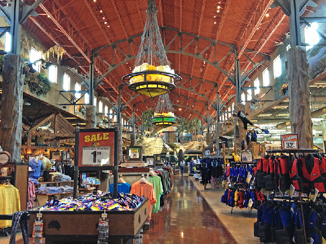 Bass Pro Shops Outdoor World en International Drive en Orlando
