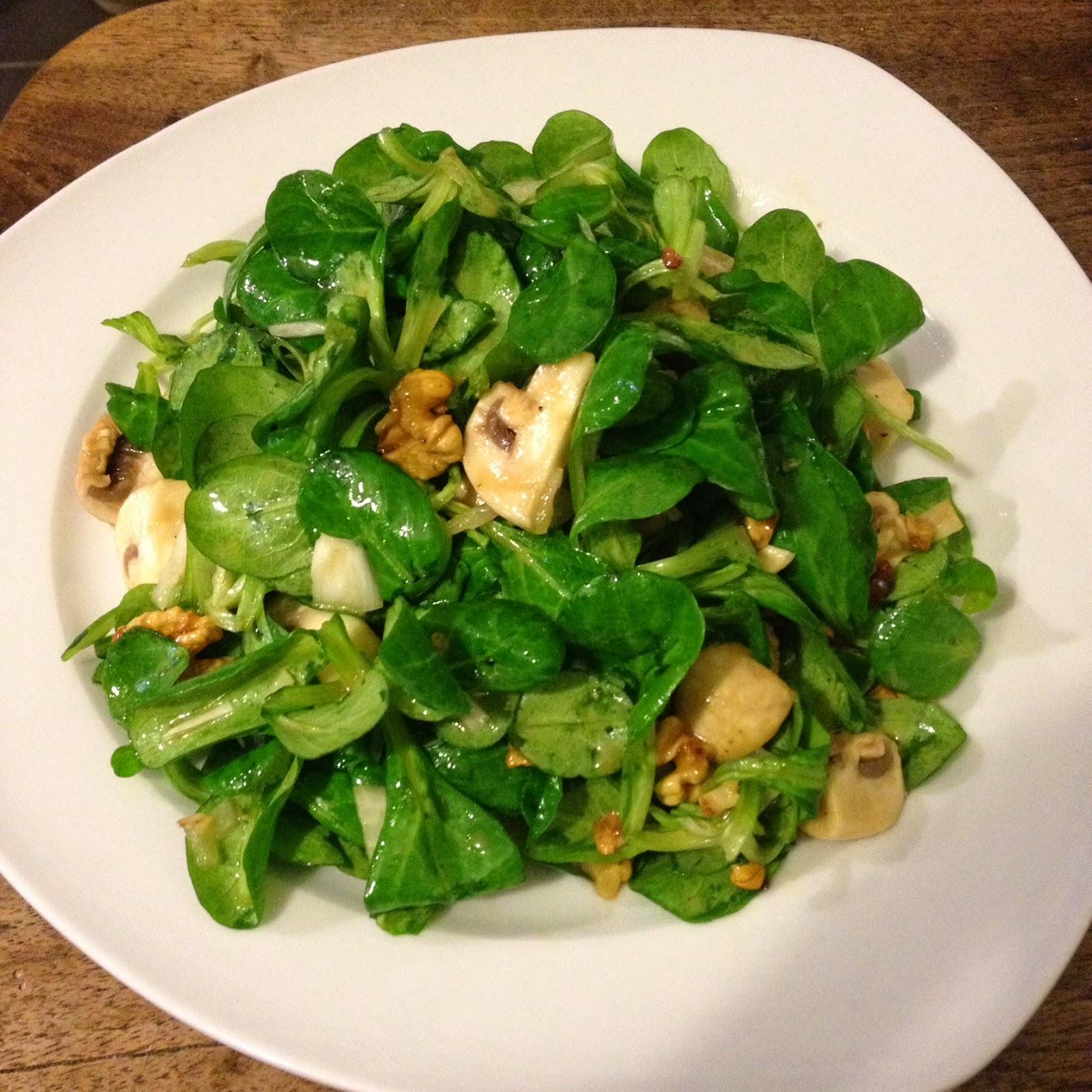Ein Stück heile Welt : Feldsalat mit Champignons und ...