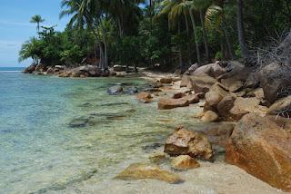 pantai batu kalang tarusan pessel