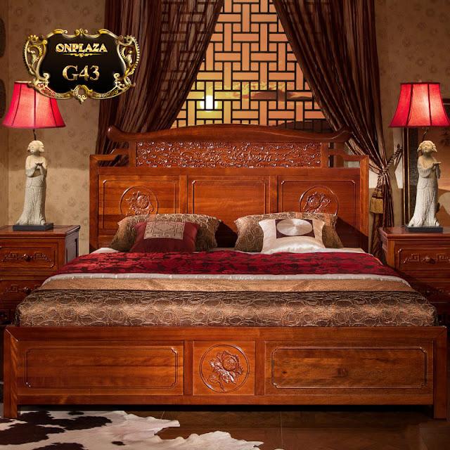 Mẫu giường gỗ cổ điển sắc nâu sang trọng