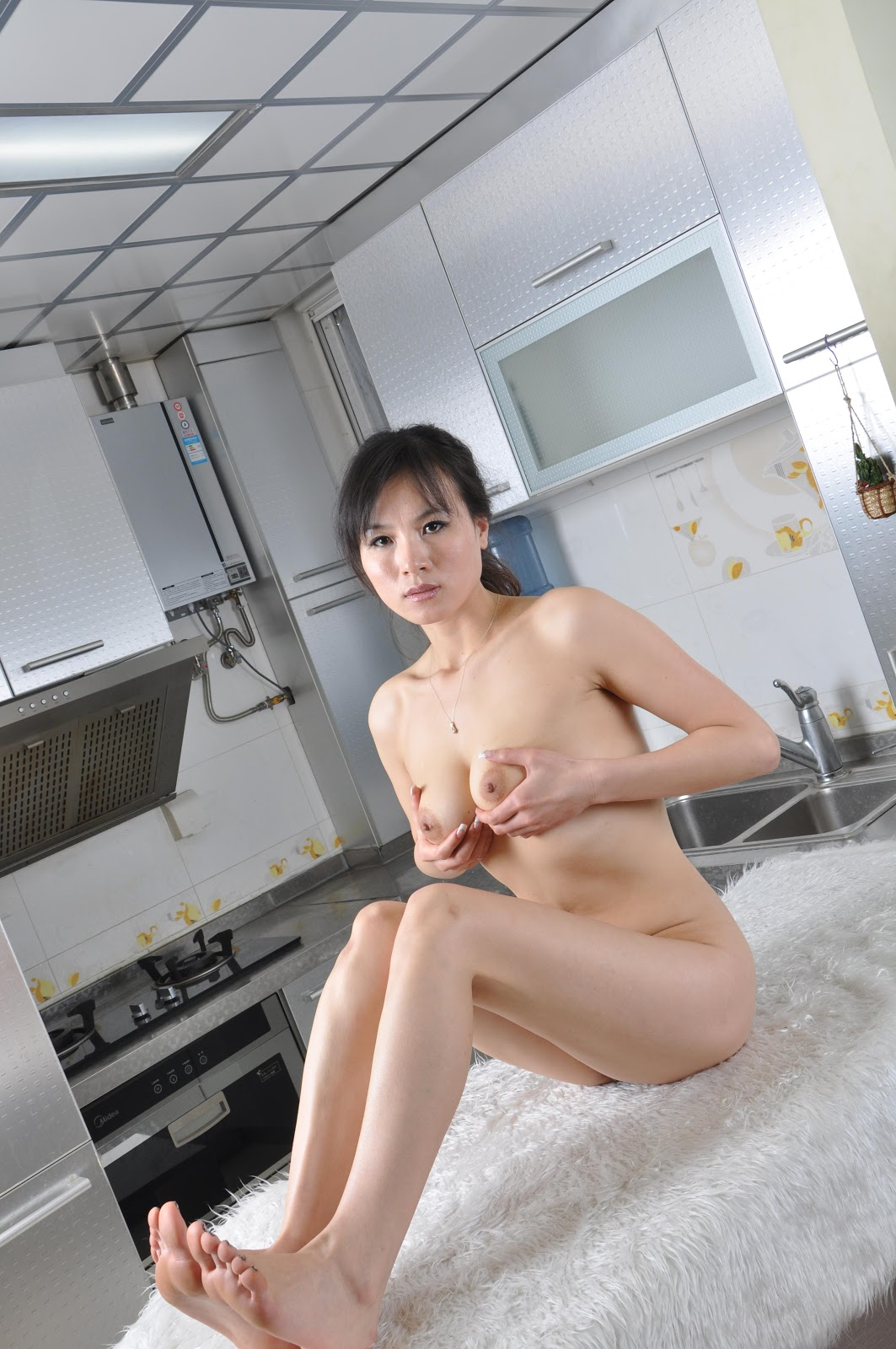 Chinese Nude_Art_Photos_-_299_-_YuLou.rar