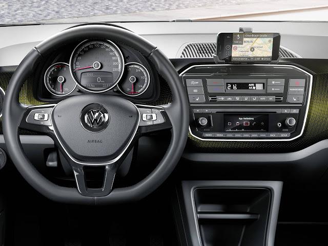 Volkswagen Up! 2017: mudanças no design e no interior