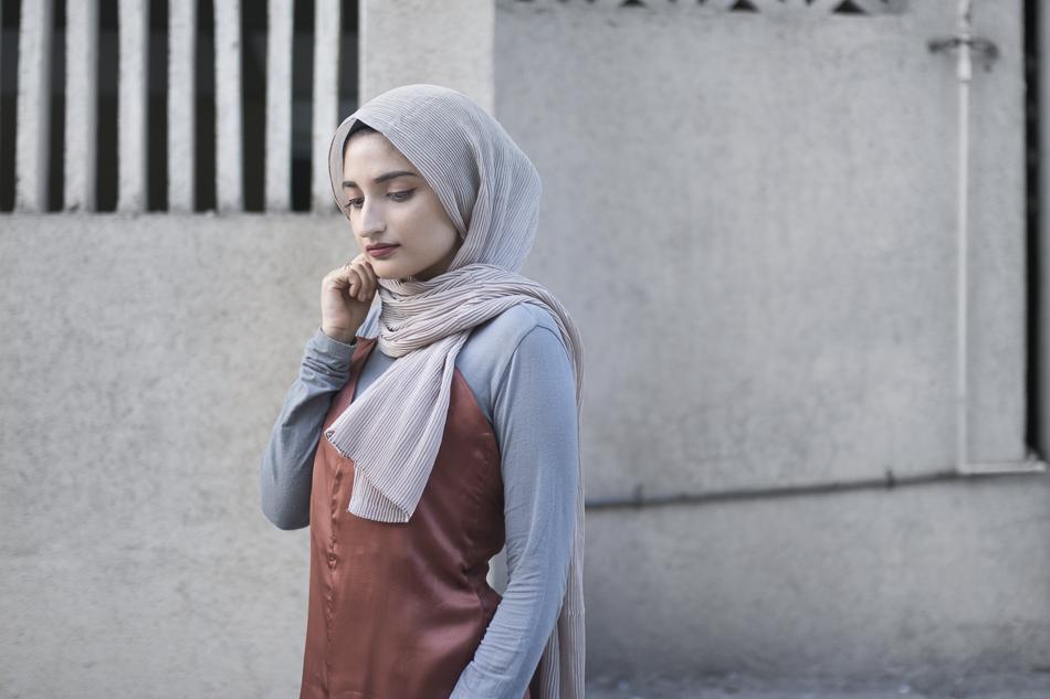 buy hijab online india fashion blog crinkled scarf