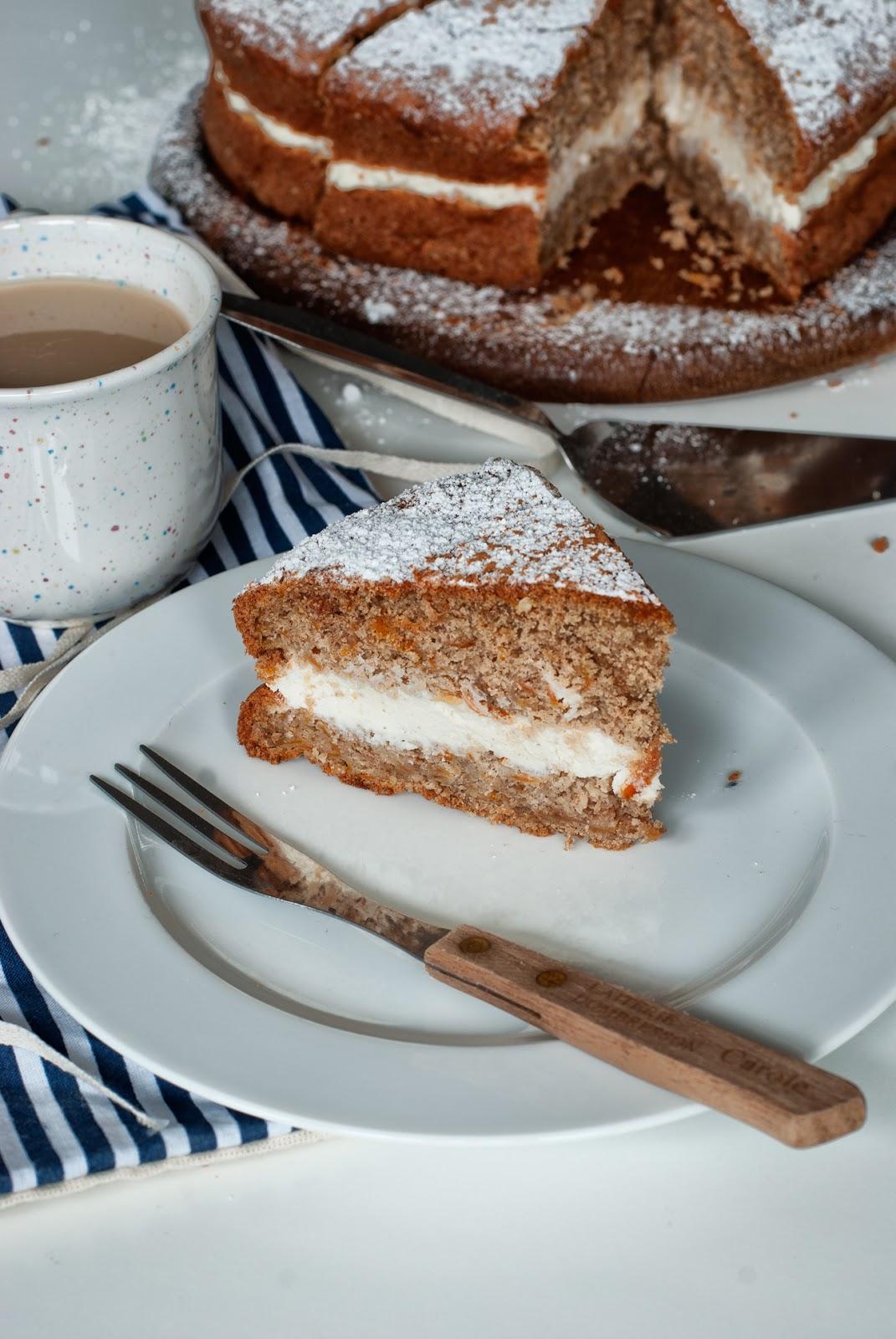 Łatwe ciasto marchewkowe bezglutenowe