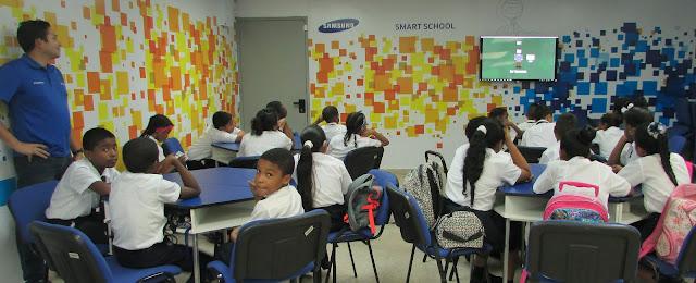 Estudiantes de las Smart School experimentaron las ventajas del Internet