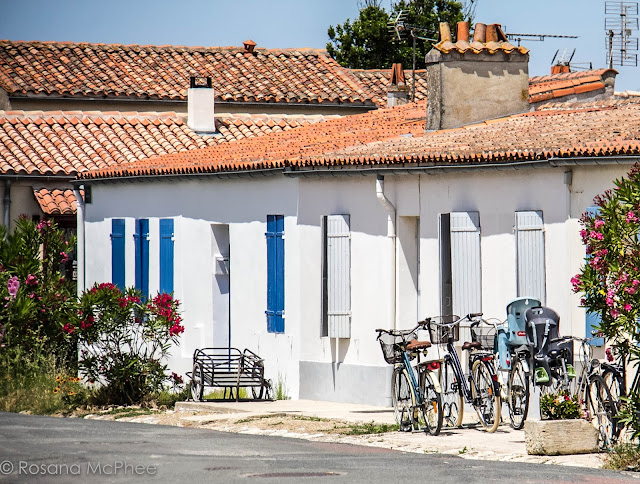 Cycling in Île-d'Aix  in Charente Maritime