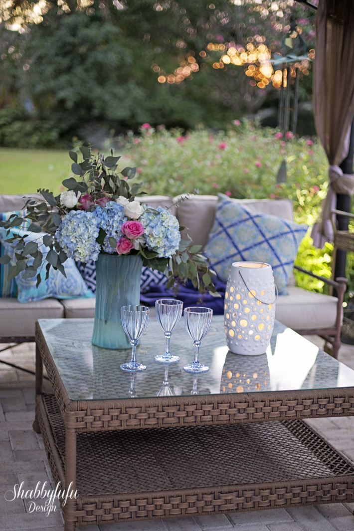 outdoor entertaining summer