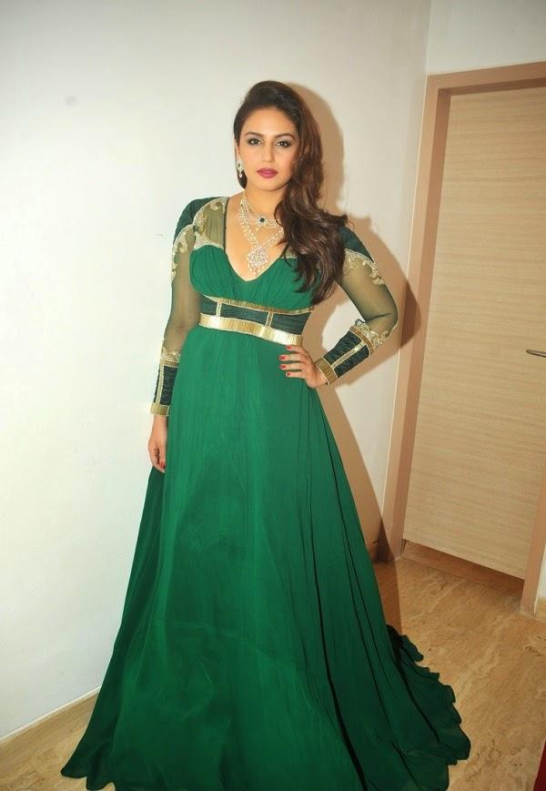Huma Qureshi Latest Hot Stills In Green Dress