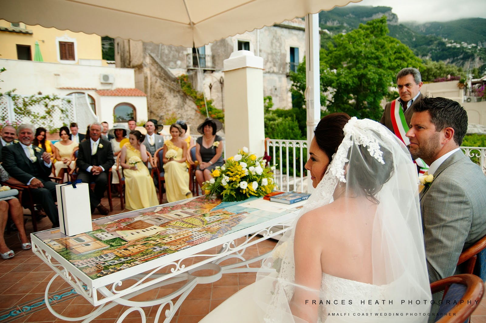 Civil wedding ceremony at Positano town hall
