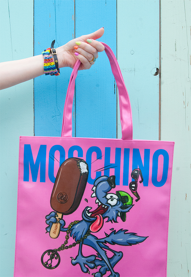 Magnum x Moschino bag, giveaway, jeremy scott