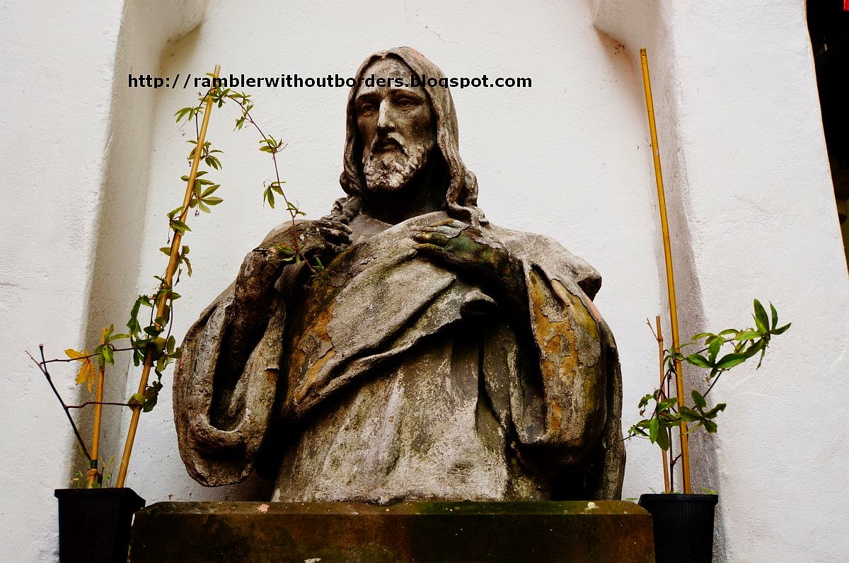 Statue of Jesus Christ, Certovka Restaurant, Prague