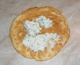 Clatita din omleta cu branza retete culinare,