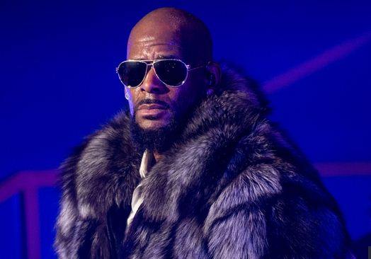 r-kelly-evicted-from-two-georgia-homes