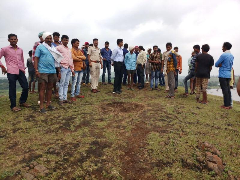 Alirajpur News-पुलिस अधीक्षक सहित अन्य राजस्व अधिकारियों ने किया डूब क्षेत्र का निरीक्षण