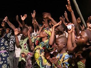Pastor e dezesseis fiéis são sequestrados na Nigéria