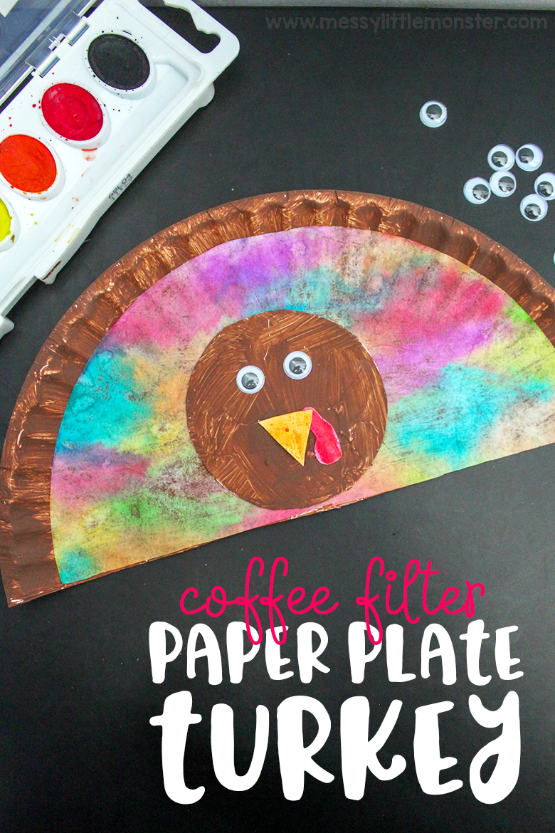 Thanksgiving crafts for kids. Paper plate turkey craft for toddlers and preschoolers. Easy paper plate craft with a fun painting technique.