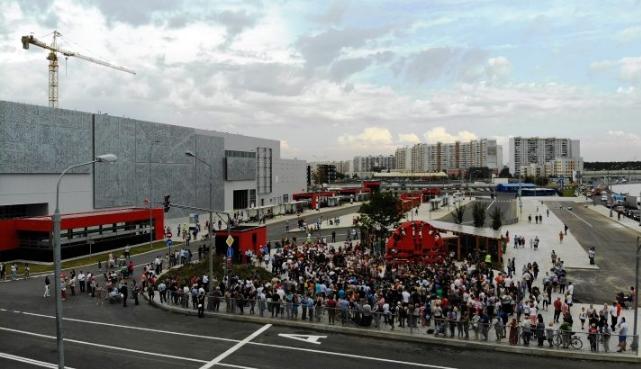 Массовая эвакуация: по всей России народ гонят на улицы из-за угрозы взрыва