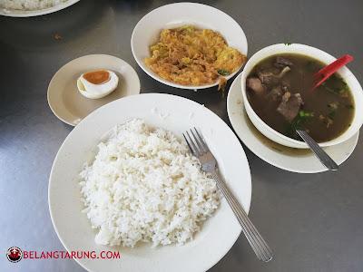 Set Nasi Sup Utara Daging Dengan Telur Dadar