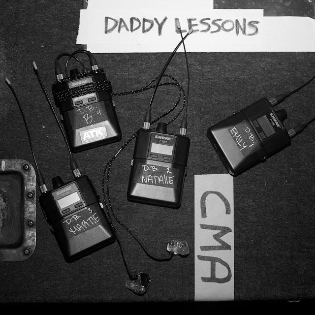 """Ouça/baixe """"Daddy Lessons"""", o novo single da Beyoncé com participação de Dixie Chicks"""