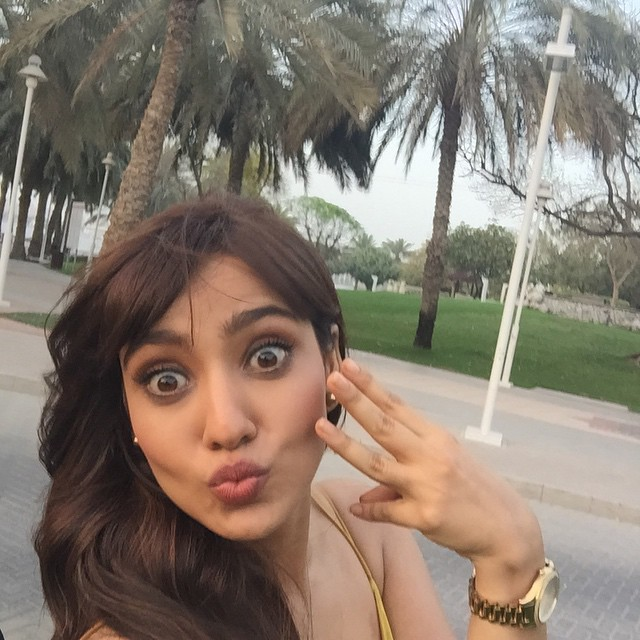 no , filter selfie , day 3 ,, Neha Sharma Hot Pics From Real Life Having Fun WIth Friends