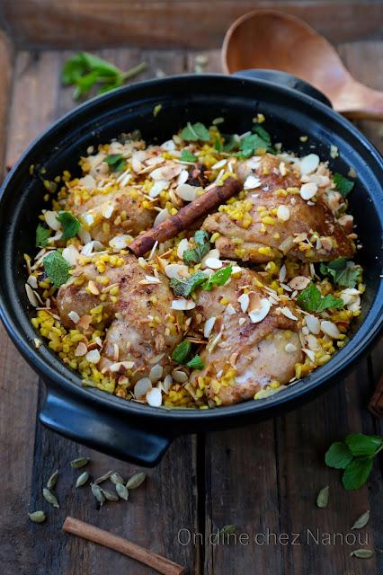 orge perlé, dattes, safran , cannelle , poulet, plat convivial