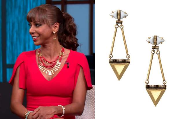 Stella & Dot Lotus Chandeliers - Holly Robinson Peete on The Steve Harvey Show