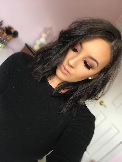 Cranberry-Makeup