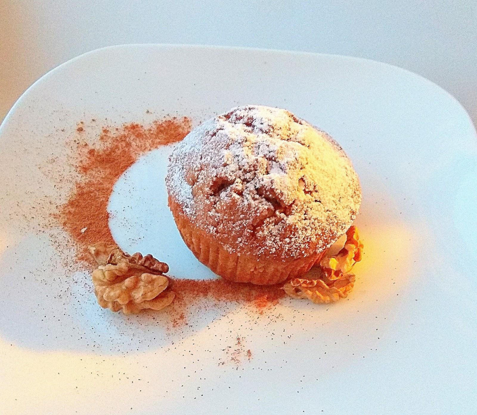 Orzechowe muffiny z kawą inką.